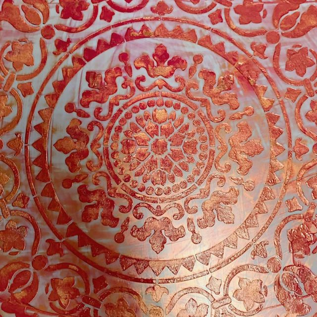 So In love with this new print...⠀⠀⠀⠀⠀⠀⠀⠀⠀ ⠀⠀⠀⠀⠀⠀⠀⠀⠀ #copper⠀⠀⠀⠀⠀⠀⠀⠀⠀ #gold⠀⠀⠀⠀⠀⠀⠀⠀⠀ #filteringlight⠀⠀⠀⠀⠀⠀⠀⠀⠀ #foodtomysoul⠀⠀⠀⠀⠀⠀⠀⠀⠀ #artandcraft⠀⠀⠀⠀⠀⠀⠀⠀⠀ #unique⠀⠀⠀⠀⠀⠀⠀⠀⠀ #mandala⠀⠀⠀⠀⠀⠀⠀⠀⠀ #oneofakind ⠀⠀⠀⠀⠀⠀⠀⠀⠀ #handprinted⠀⠀⠀⠀⠀⠀⠀⠀⠀ #Chichiluna