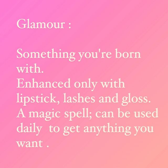 Get your glam shine on and make it a great week!⠀⠀⠀⠀⠀⠀⠀⠀⠀ ⠀⠀⠀⠀⠀⠀⠀⠀⠀ #mondayinspiration ⠀⠀⠀⠀⠀⠀⠀⠀⠀ #glamour ⠀⠀⠀⠀⠀⠀⠀⠀⠀ #springvibes ⠀⠀⠀⠀⠀⠀⠀⠀⠀ #chichiluna