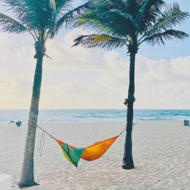 Weekend thoughts? ⠀⠀⠀⠀⠀⠀⠀⠀⠀ ⠀⠀⠀⠀⠀⠀⠀⠀⠀ #timeout⠀⠀⠀⠀⠀⠀⠀⠀⠀ #chichiluna⠀⠀⠀⠀⠀⠀⠀⠀⠀ #living ⠀⠀⠀⠀⠀⠀⠀⠀⠀ #beachliving⠀⠀⠀⠀⠀⠀⠀⠀⠀ #easterweekend⠀⠀⠀⠀⠀⠀⠀⠀⠀ #holidayweekend⠀⠀⠀⠀⠀⠀⠀⠀⠀ #fortlauderdalebeach