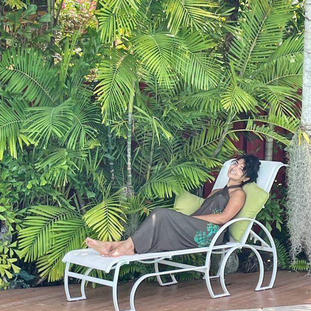 ChichiLuna Lounging...⠀⠀⠀⠀⠀⠀⠀⠀⠀ ⠀⠀⠀⠀⠀⠀⠀⠀⠀ Beautiful @silken.sol wearing the new Tulum convertible dress/skirt 💚⠀⠀⠀⠀⠀⠀⠀⠀⠀ ⠀⠀⠀⠀⠀⠀⠀⠀⠀ #happylabordayweekend⠀⠀⠀⠀⠀⠀⠀⠀⠀ #handprinted⠀⠀⠀⠀⠀⠀⠀⠀⠀ #Limitededition⠀⠀⠀⠀⠀⠀⠀⠀⠀ #resortwear ⠀⠀⠀⠀⠀⠀⠀⠀⠀ #slowfashion⠀⠀⠀⠀⠀⠀⠀⠀⠀ #naturalfabrics ⠀⠀⠀⠀⠀⠀⠀⠀⠀ #welovegreen ⠀⠀⠀⠀⠀⠀⠀⠀⠀ #natureisgreen⠀⠀⠀⠀⠀⠀⠀⠀⠀ #septembermood